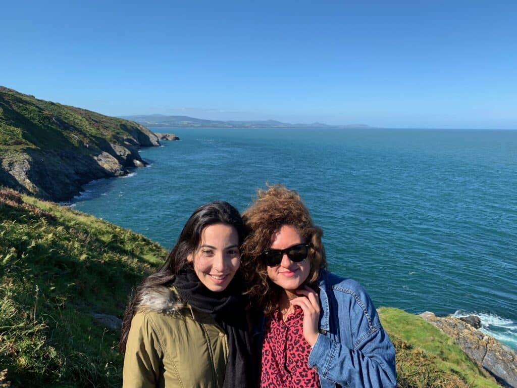 Mi amiga Yolanda y yo en Wicklow Head