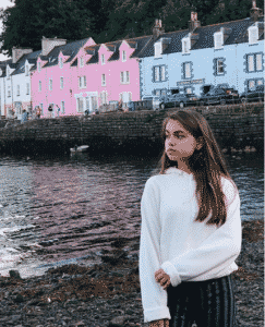 Portree @c.xrmn (Instagram)